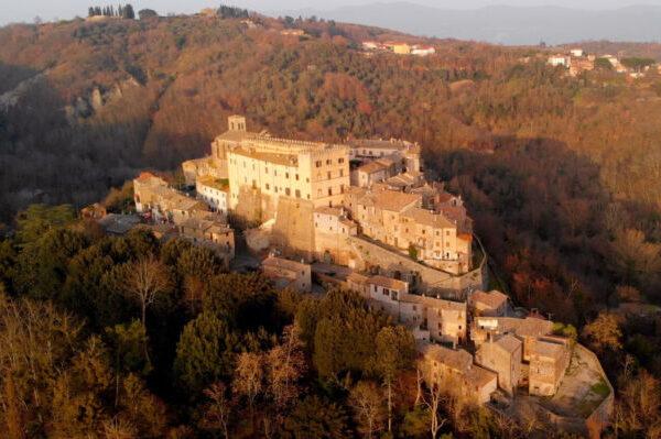 Roccalvecce e il Castello Costaguti